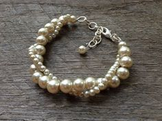 Champagne Pearl Bracelet Twisted Clusters on por haileyallendesigns