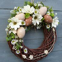 Diy Easter Decorations, Christmas Table Decorations, Easter Wreaths, Holiday Wreaths, Summer Crafts, Diy And Crafts, Easy Diy Christmas Gifts, Diy Wreath, Summer Wreath