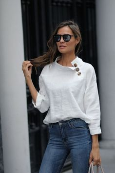 Linen obsession looks - Lady AddictLoose-fitting linen blouse with a stand-up collar and button trim. I'd crop it shorter and wear it untucked.Fashion Women's Shirts & Blouses Trends in Spring and summer 2019 - Page 68 of 79 - Soflyme Mode Outfits, Casual Outfits, Fashion Outfits, Womens Fashion, Fashion Trends, Fashion Shirts, Fashion Blouses, Ladies Fashion, Fashion 2017