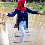 Sebenernya takut jatoh ini 😂😂 @kanayales_ @elsha_elshanum . . #aceh #selfie #inoengaceh #bidadariselfie #kocak #selfiecantik #Indonesia #awesome  #wanitacantikindonesia #kekinian #lfl #like #like4like #follow4follow  #mtma #hijabers #barbiemuslimah #doubletap #taptap #tap2x #follow #fff . #terfujilah #nature #exploresumut #remajaaceh #komunitas_hijab_indonesia #cantikberhijab  #cantik #beautifulday Kos, Like4like, Selfie, Instagram, Style, Fashion, Swag, Moda, Fashion Styles