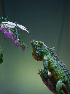 WOW!   Игуана зеленая (дракон) | biser.info - всё о бисере и бисерном творчестве