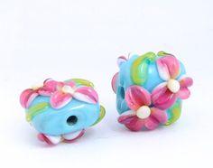 Marshmallow flowers 2 Handmade Lampwork beads by RabinArtInGlass, $14.00