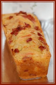 Recipe for Cake with Reblochon and Bacon . - Reblochon and bacon cake - Tapas, Bacon Cake, Pizza Cake, Salty Foods, Cooking Recipes, Cooking Time, Köstliche Desserts, Food Cakes, Savoury Cake