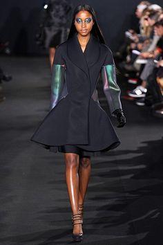 The Rise of Oversize - autumn/winter 2012-13 trend (Vogue.com UK) Prabal Gurung