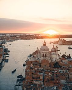 Ca Maria Adele is a beautiful boutique hotel in Venice. Chic Retreats members receive hotel discounts and other benefits when booking Ca Maria Adele online. Positano Italy, Sorrento Italy, Venice Italy, Verona Italy, Italy Italy, Capri Italy, Puglia Italy, Sardinia Italy, Naples Italy