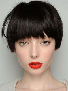 Cool Transfiguration: Lydia Hunt wore a funky bob hairstyle at the J Js Lee Show in London Otherwise you know the pretty Australian girl with long blond hair See more Bob hairstyles here - Black Haircut Styles Short Hair Cuts For Women, Short Hairstyles For Women, Hairstyle Short, Hairstyles 2016, Medium Hairstyles, Short Men, Short Cuts, Black Haircut Styles, Popular Short Haircuts