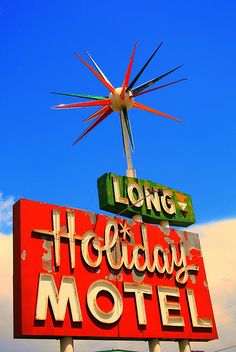 Holiday Motel sign in Gunnison, CO