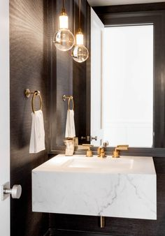 Inspiration for a downstrair loo in the Dark Powder Room by Tamara Magel Powder Room Paint, Black Powder Room, Tiny Powder Rooms, Modern Powder Rooms, Powder Room Decor, Powder Room Design, Modern Room, Bad Inspiration, Bathroom Inspiration