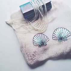 Mermaid inspired with tangled pearls, iridescent sparkle + open knits #mermaid #iridescent #sparkle #wildfox // @shopbicyclette on instagram