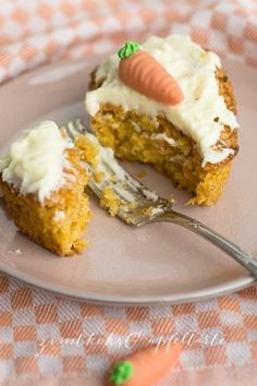 Mini-Karotten-Muffins mit Frischkäse-Topping