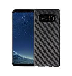 Stilrent och slimmat TPU/Silikonskal för din Samsung Galaxy Note 8 med Carboon Fiber Mönster. Skalet är tillverkat så samtliga funktioner och kamera kan a...