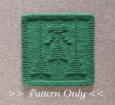 CHRISTMAS Bells & Bow Knit Dishcloth Pattern  by AuntSusansCloset