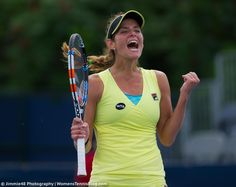 This is how you take a second chance! LL @juliagoerges moves on into R2 at the @rogerscup