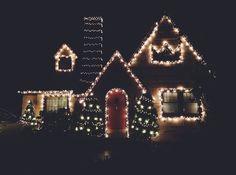 "a-very-merry-christmas: ""mirame-a-los-ojos-conchetumare: ""By Cameron. "" """