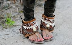 Layerboots / Boho Sandals / Sandalias / bohemian / gypsy / shells conchas / shop: www.layerboots.coom