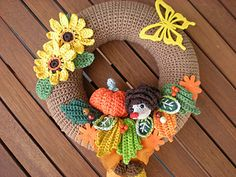 wreath autumn (check Attic24 for free autumn wreath)