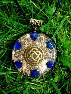 Lapis Lazuli Orgone Chi Pendant - LARGE - EMF Protection and Energy Healing www.kamperfoelie.com