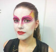 Técnica clown inspiração Cirque du Soleil.  #vaidosasdebatom #vaidosas #batom #blog #blogueira #blogger #tutorial #dicas #passoapasso #post #instablog #foto #selfie #beleza #beauty #maquiagem #make #makeup #cosmeticos #maquiador #caracterizacao #personagem #visual #tendencia #inspiracao #ideia #followme #pictures #festa #evento #mulher #homem #criança #adolescente #love #circo #circense #pintura #facial #arte #clow