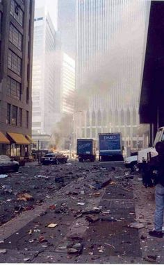 rare photos of 9 11 - Yahoo Search Results World Trade Center Nyc, World Trade Center Attack, 911 Never Forget, Lest We Forget, 911 Twin Towers, Patriotic Pictures, Creepy, September 11, Rare Photos