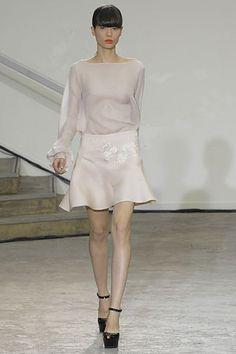 Antonio Berardi Spring 2008 Ready-to-Wear Collection Slideshow on Style.com