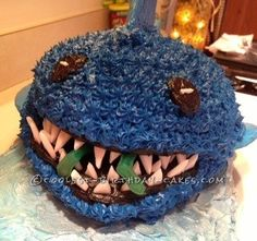 My friend asked me to make a last-minute shark cake for her nine year old son! I did an internet search for shark cakes, found a idea and ran with it! Cool Birthday Cakes, It's Your Birthday, Shark Cake, Cute Food, Cake Ideas, Party Time, Beautiful Pictures, Birthdays, Party Ideas