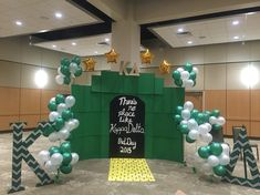 Wizard of Oz Bid Day Theme! There's no place like Kappa Delta.  Backdrop made of cardboard