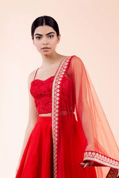 Planning to do your wedding shopping this month? Then you need to make note of these Designer Bridal Sale that are happening both online and in store. Lehenga Gown, Bridal Lehenga, Anarkali, Red Lehenga, Indian Lehenga, Indian Designer Outfits, Indian Outfits, Designer Dresses, Indian Clothes