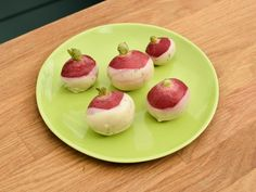 If you're looking for new ways to serve up radishes, we've got an idea for you! Try The Kitchen's Ranch Butter-Dipped Radishes and combine the creamy, cool and tangy flavors of ranch butter with the fresh crispness of peppery radishes.