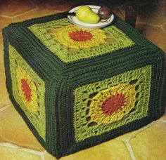 A huge granny square hassock free pattern, just so vintage and retro, Gotta have it, make it stop! Enjoy xox