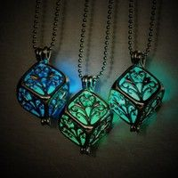 Special offer Charm Hollow Box Cute Locket Glow In The Dark Pendant Necklace Jewelry Lady Gift luky4