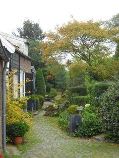 Verkoopstyling tip 5: De winter komt eraan! Zorg ervoor dat je tuin er in de herfst en winter ook mooi en opgeruimd uitziet.