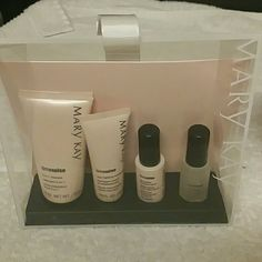 Timewise Miracle Travel set I have 1 combo to oily and 1 normal to dry available. New in packaged bag. Will include a free christmas bag upon request Mary Kay Makeup
