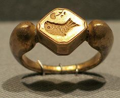 Stirrup-Shaped Ring with Fish Design  Period: Central Javanese period Date: 8th–early 10th century Culture: Indonesia (Java) Medium: Gold