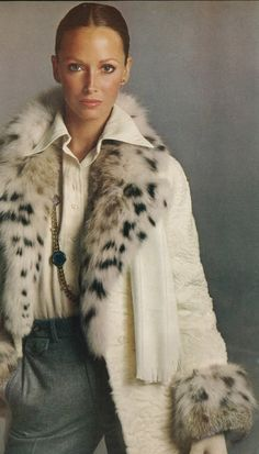50 Wildly Cool Styling Tips From Vintage Vogue Editorials