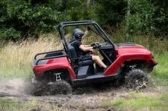 There was a time when offroad driving and watersports required two different vehicles — or at least a truck and trailer. Gibbs line of amphibious... Amphibious Vehicle, Terrain Vehicle, Amphibians, Water Sports, Offroad, Quad, Outdoor Power Equipment, Antique Cars, Deck