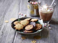 Mmmm, småkager! Sådan en tallerkenfuld og så et godt familiespil. Perfekt. #karenvolf småkager #efterårsferie