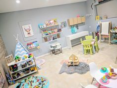 Designing playful learning spaces for babies and toddlers. Ideas, tips and photo inspiration to help early childhood educators and families create engaging, w Home Daycare Rooms, Toddler Daycare Rooms, Daycare Nursery, Daycare Spaces, Childcare Rooms, Toddler Classroom, Infant Daycare Ideas, Baby Room Nursery School, Childcare Decor