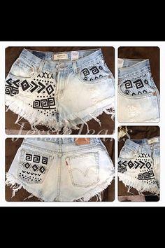 Vintage high waisted tribal print shorts