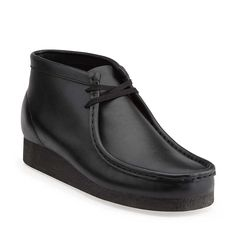 Wallabee Boot-Men in Black Leather - Mens Boots from Clarks