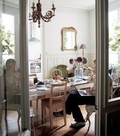 La maison n'est pas une salle d'exposition, c'est la vie. http://www.ikeafamilylivemagazine.com/fr/fr/article/42513