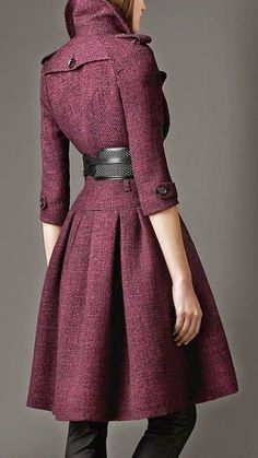Stylish Burberry Full Skirted Tweed Coat