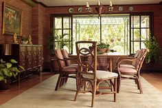 If you look closely, the dining chairs�placed at the ends of the table are different from the other dining chairs. Mismatched chairs (with similar colors) can make your dining area stand out, too.