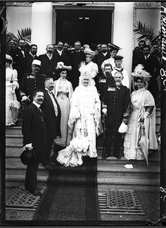 Regele Carol, regina Elisabeta, prinţul moştenitor Ferdinand, prinţul Carol. Foto Charles Chusseau-Flavien. Romania, Royalty, Country, Emperor, King, Gotha, Shelf, Royals, Rural Area