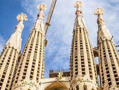 ¡Disfruta de una buena comida cerca de la Sagrada Familia! Aquí tienes los mejores restaurantes de la zona. ¡Buen provecho!  #restaurante #barcelona #sagradafamilia #gastronomia #comer