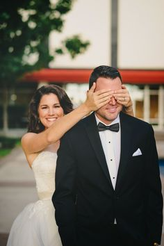 Great Gatsby Roaring 20's Gold & White Wedding Bride and Groom First Look
