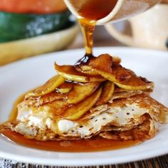 Crepes with Caramelized Apples