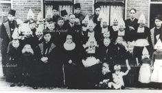 Jacob Zwarthoed (Japie Kil), visser 1876-1954; Gehuwd met Geertje Keizer 1876-1951. #NoordHolland #Volendam