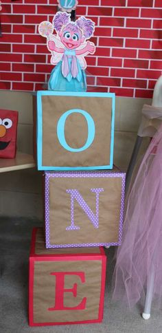 Abby and Elmo 1st Birthday | CatchMyParty.com