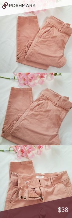 LOFT Peach/Coral crop pants in perfect condition LOFT peach/coral crop skinny pants LOFT Pants Skinny