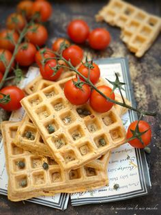 Waffel pizza Pizza, Breakfast, Food, Waffles, Morning Coffee, Meals, Yemek, Eten